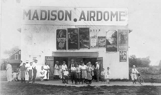 Youngsters waiting in line outside the Madison Airdome, 1918
