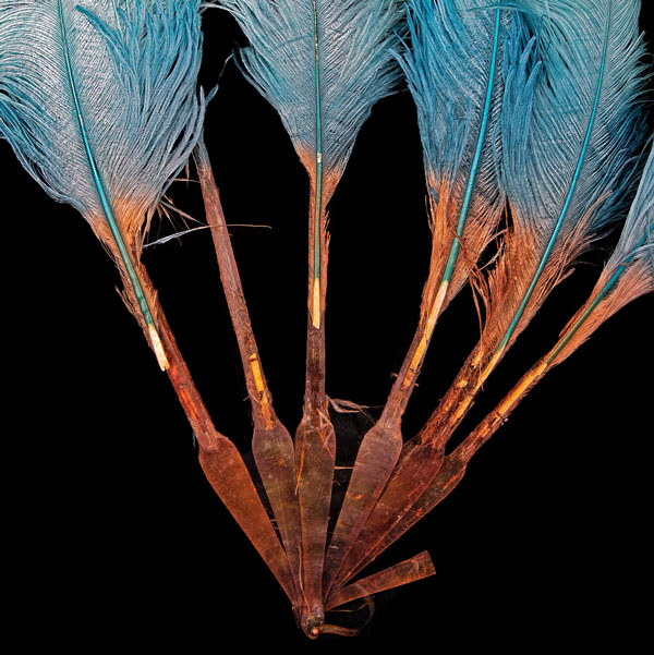 ostrich-feather-fan-for-web-3